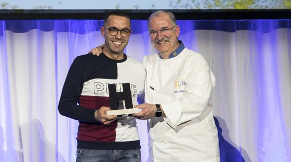 Sergio Remacha Sanz, propietario de Moments Bar, y el chef Pedro Subijana