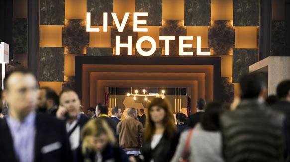 Entrada al hotel del espacio The Hostelco Experience - Live Hotel