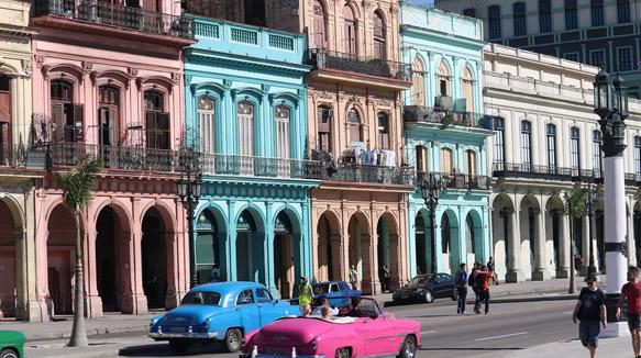 Cuba Como Plaza De Inversión Extranjera En Turismo